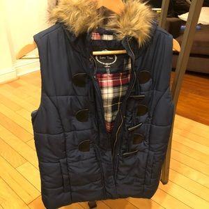 Super cute vest (never worn)